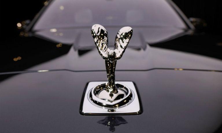 Rolls-Royce silver lady web.jpg