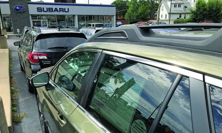 Subaru, which had a captive arm in the U.S. in the 1980s, now maintains a captive-type relationship with Chase Auto.