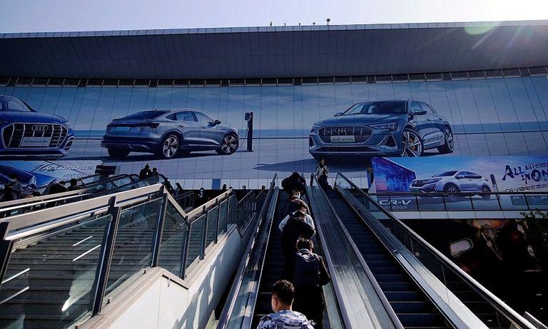 Shanghai auto show 2021 rtrs web.jpg