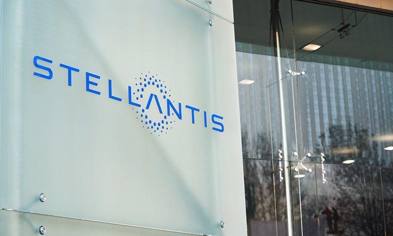 Stellantis sign web.jpg