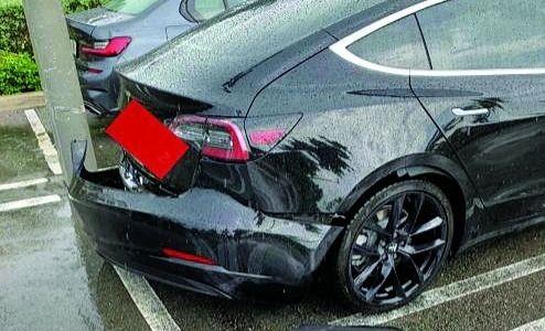 The detached bumper of Logan Jamal's Model 3