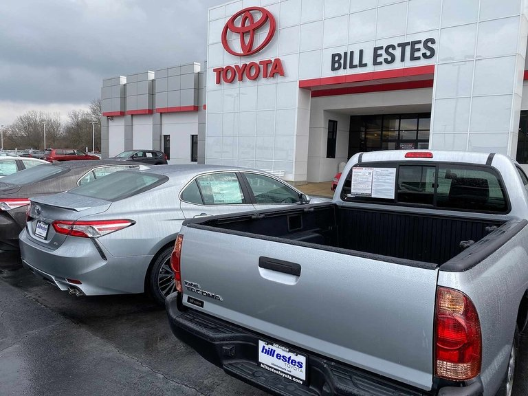 Toyota, Lexus gain as core crossovers deliver Jan. records