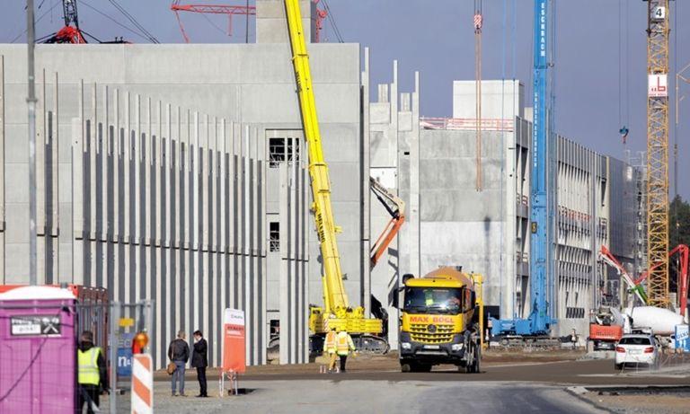 Tesla factory construction site in Gruenheide Nov 2020 rtrs web.jpg