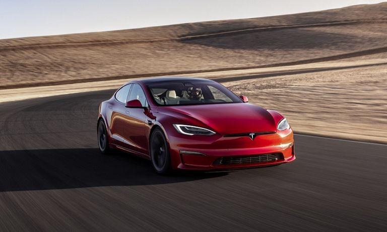 Tesla-Model S PLAID web.jpg