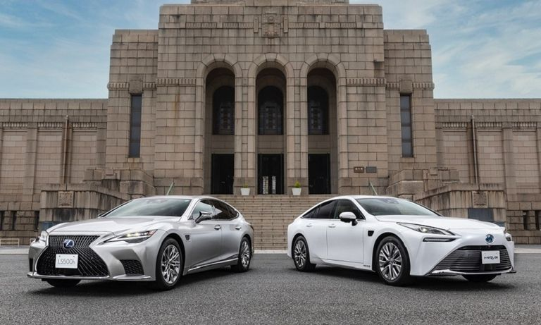 Toyota, Lexus self-driving web.jpg