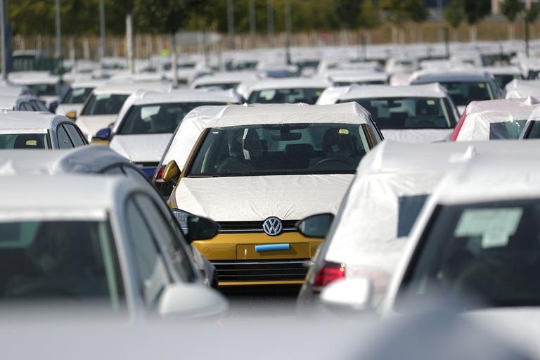 U.S. sales VW web.jpg
