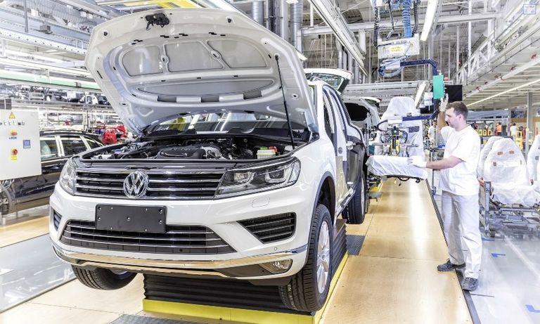 VW Touareg prod Slovakia web.jpg