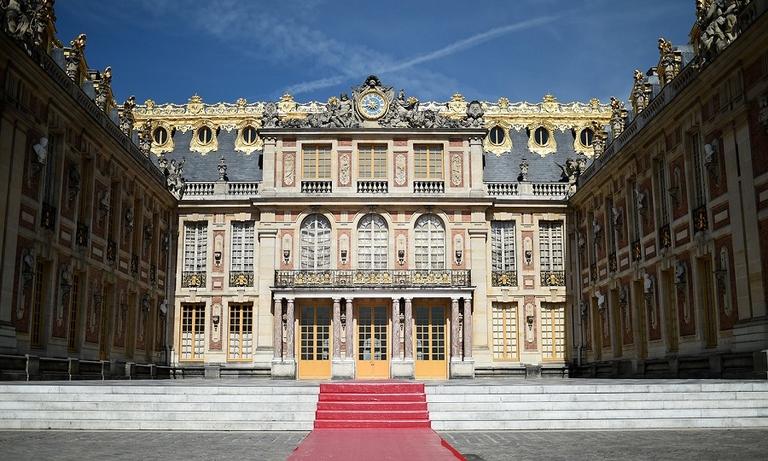 Versailles BB web.jpg