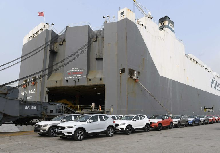 Volvo begins XC40 exports to South Africa