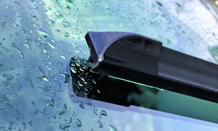 ClearBlade says its twin-blade design makes better use of cleaning fluid on windshields.