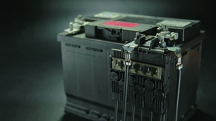 Yazaki's battery-mounted power module for 12 volts