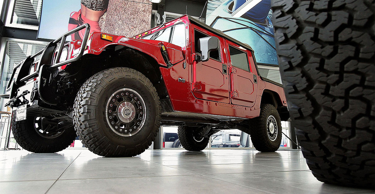 Hummer could be part of GM's move into EV trucks, SUVs, report says