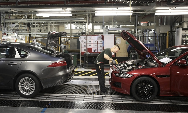 jaguar land rover castle bromwich bb2 web.jpg