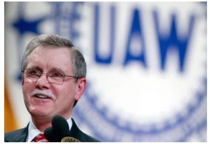 Former UAW chief Gettelfinger denies GM's 'malicious and utterly baseless' bribery allegations