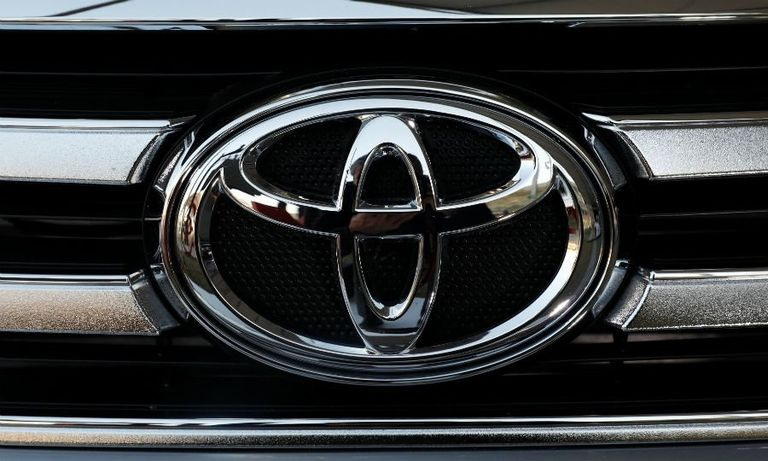 toyota grille rtrs web.jpg