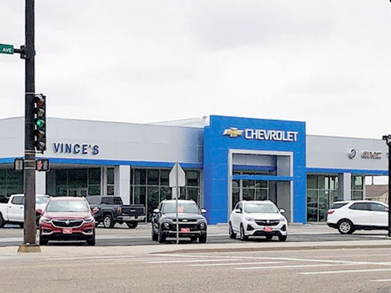 Buyers aplenty, but dealers are running on empty thumbnail