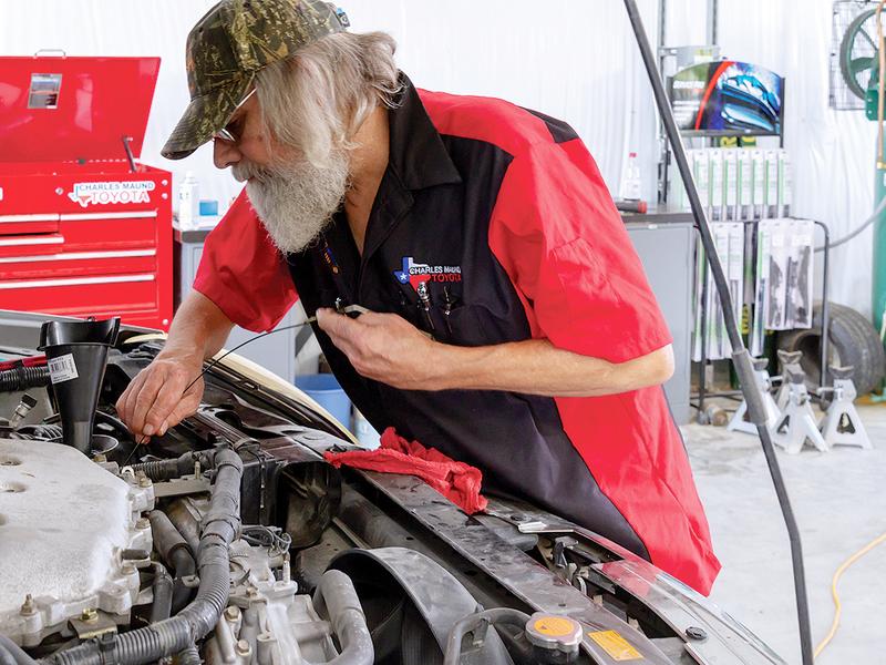 Dealership provides training for service technicians in Texas program