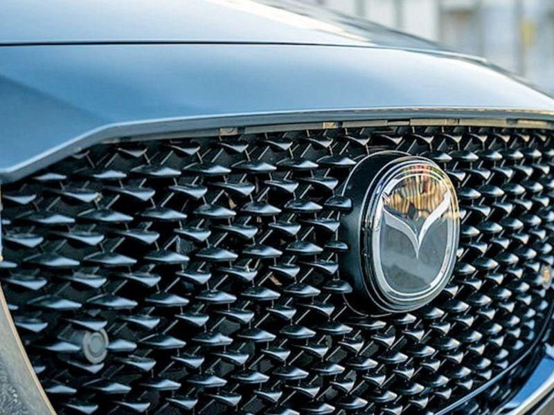 Mazda recalls 260,000 older Mazda3s for airbag logo shatter risk thumbnail