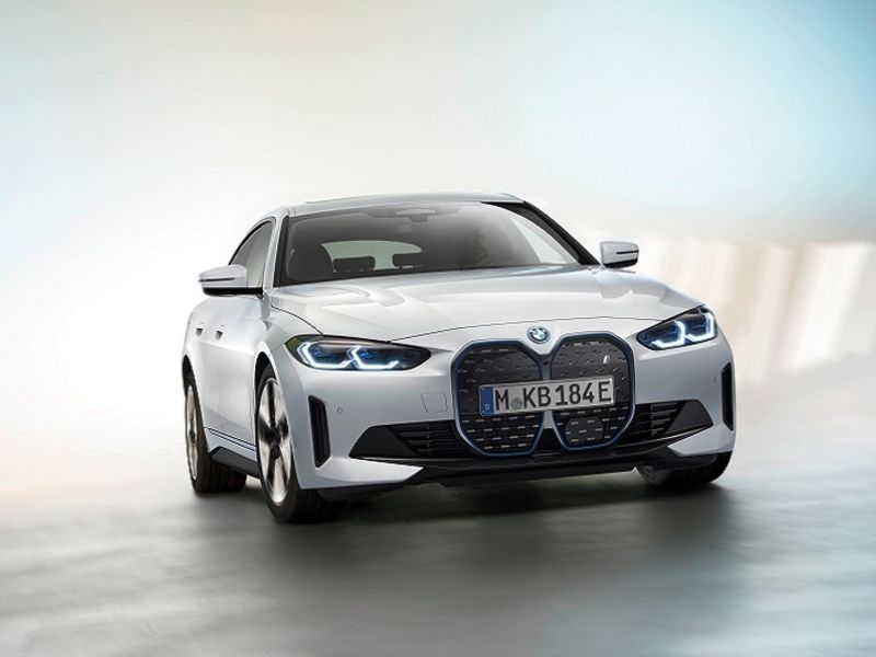 BMW and Mercedes start year with worldwide sales records thumbnail