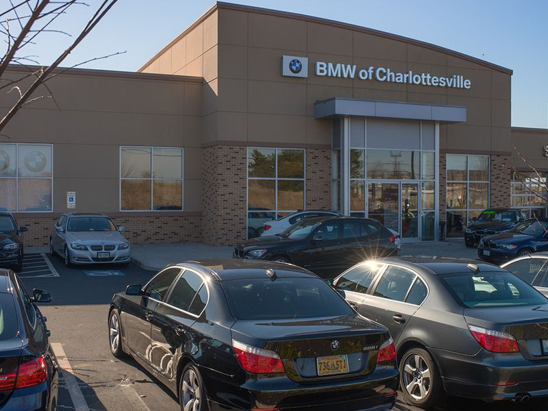 LaFontaine, Flow Automotive, Sewell Family and dealer Dominguez Drawe acquire stores thumbnail