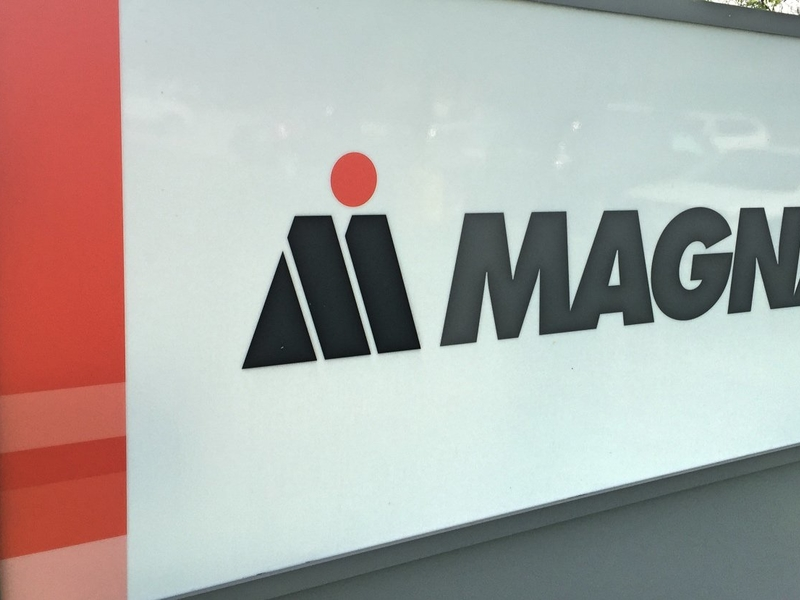 Kia Grand Rapids >> Magna opens $76.1 million paint shop in Slovenia