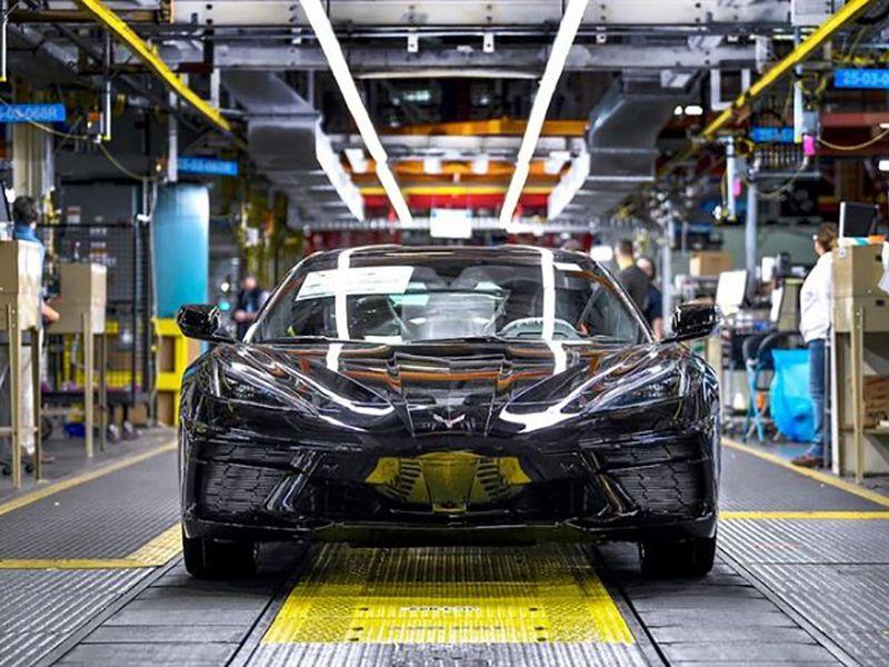 GM to halt Corvette production next week thumbnail