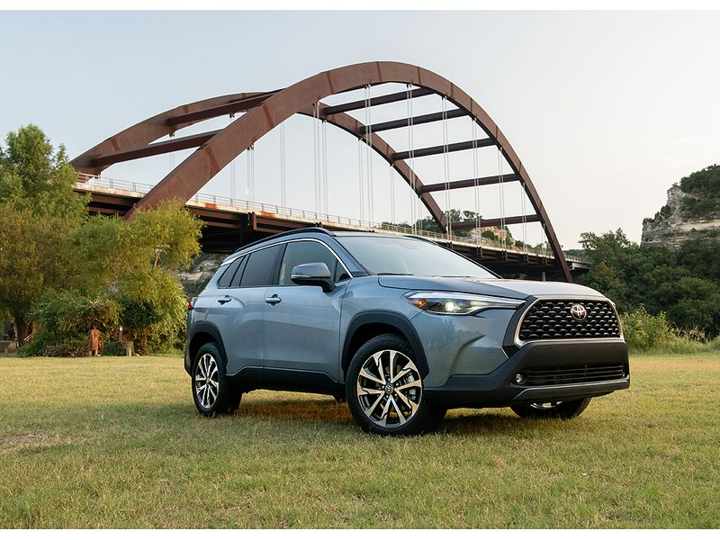 Toyota prices Corolla Cross from $23,410 thumbnail