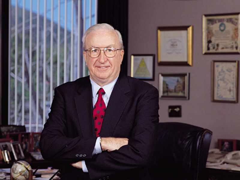 David Power, founder of influential J.D. Power car quality survey, dies at 89