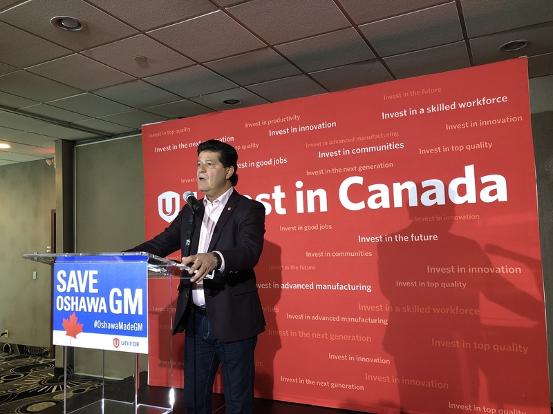 Unifor members at GM supplier walk of job in protest of Oshawa closure