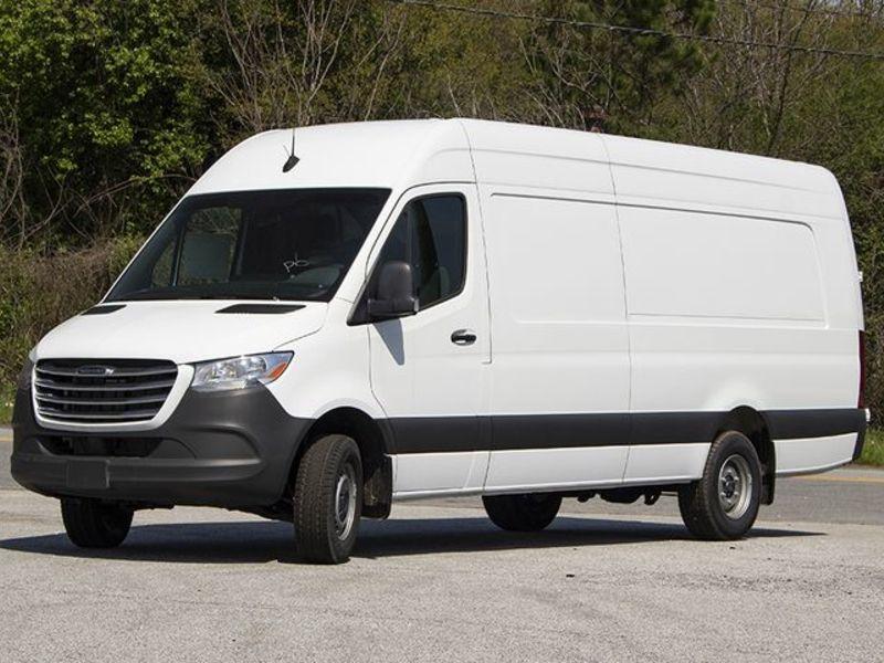 Mercedes-Benz to drop Freightliner Sprinter van in U.S.
