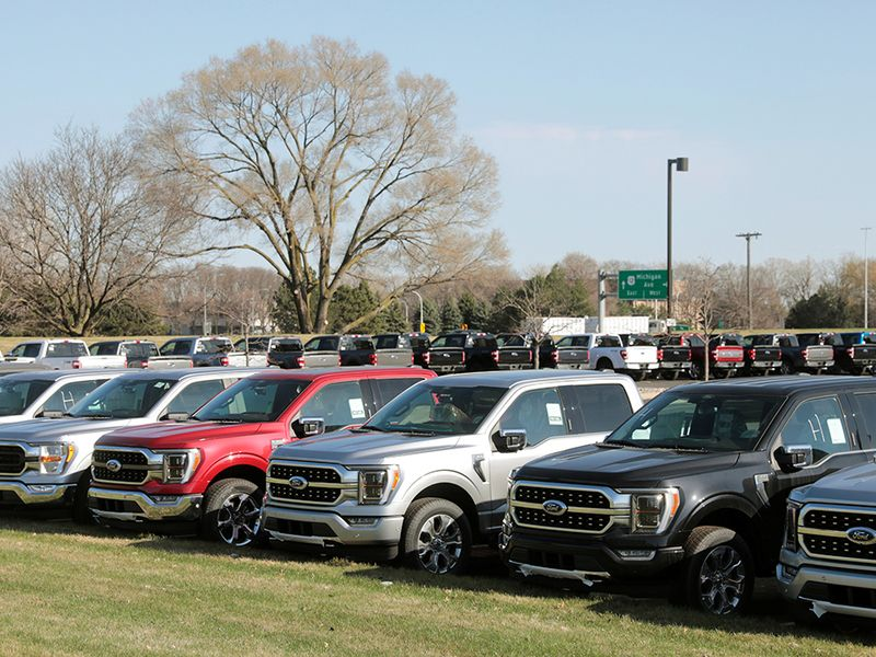 Auto industry rethinks playbook as COVID, chip shortages disrupt supply thumbnail
