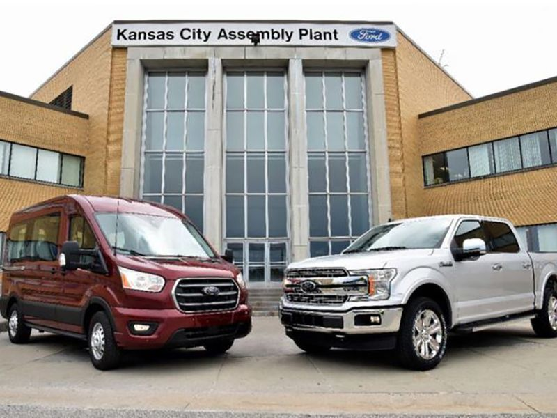 Ford extends downtime at Missouri F-150 plant to fourth week thumbnail
