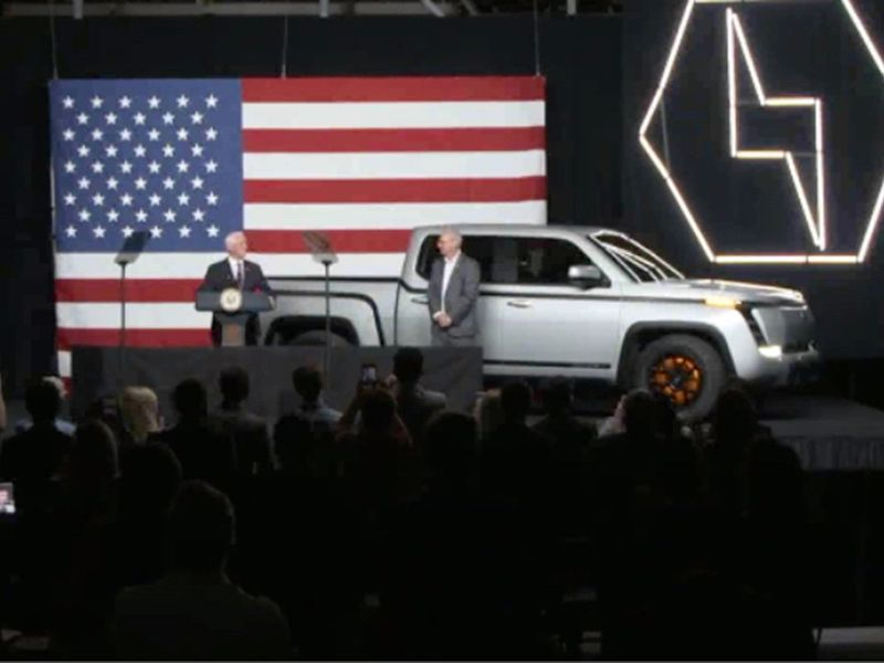 Firm that exposed Nikola calls Lordstown Motors a 'mirage' thumbnail