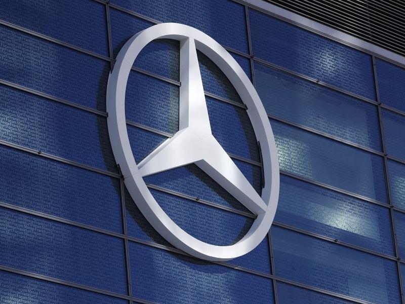 Daimler says Q2 earnings robust despite chip shortages thumbnail