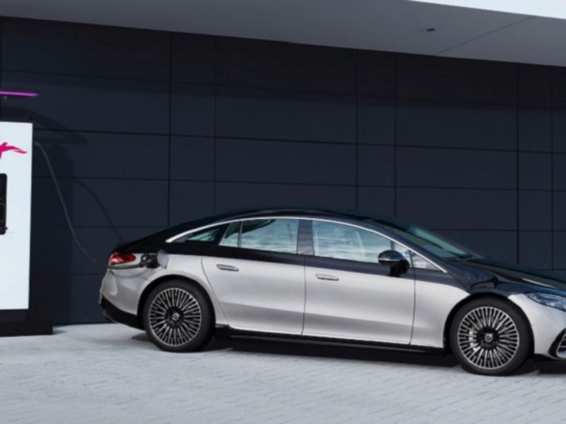 Daimler boss bets on Mercedes EQS to stimulate EV demand in N.A. thumbnail