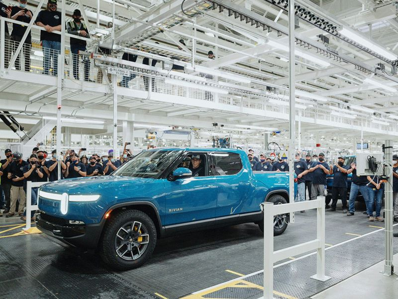 Rivian gets U.S. regulatory approval to deliver EVs to customers, production ramps up thumbnail