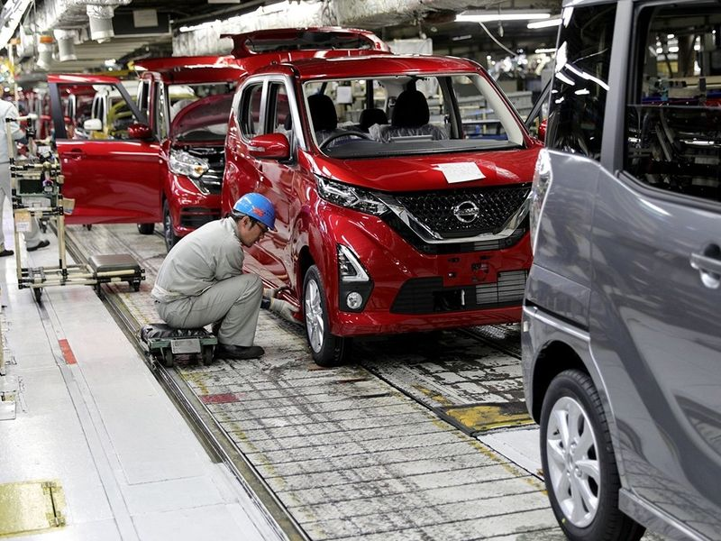 COVID-19 impact could hit Japanese automakers' output in October thumbnail
