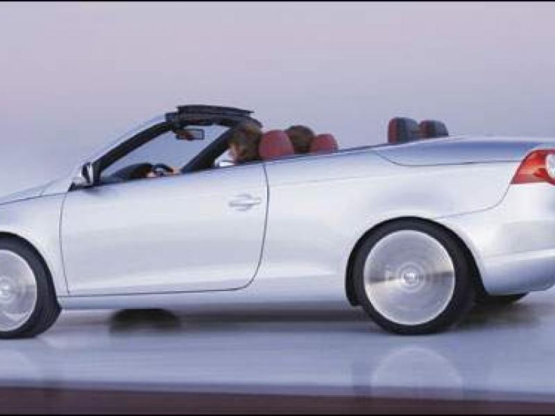 2007 Volkswagen Eos has convertible hardtop and sunroof