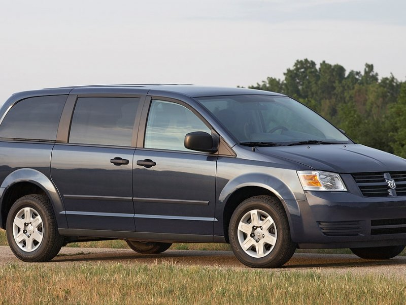 Dodge, Chrysler minivans won't be recalled after stall investigation