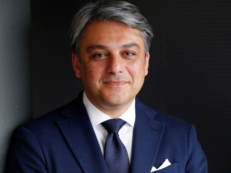 Renault's new CEO de Meo starts work amid high expectations