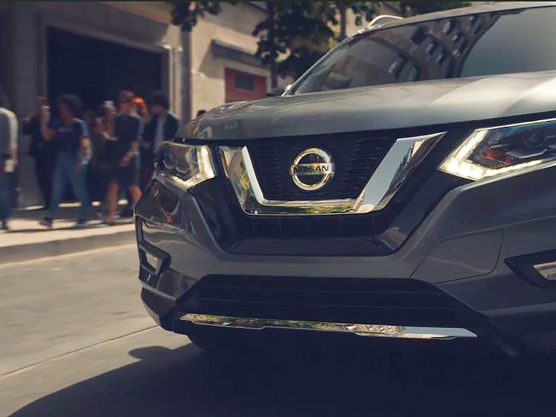 Nissan highlights safety features of Rogue in new spot