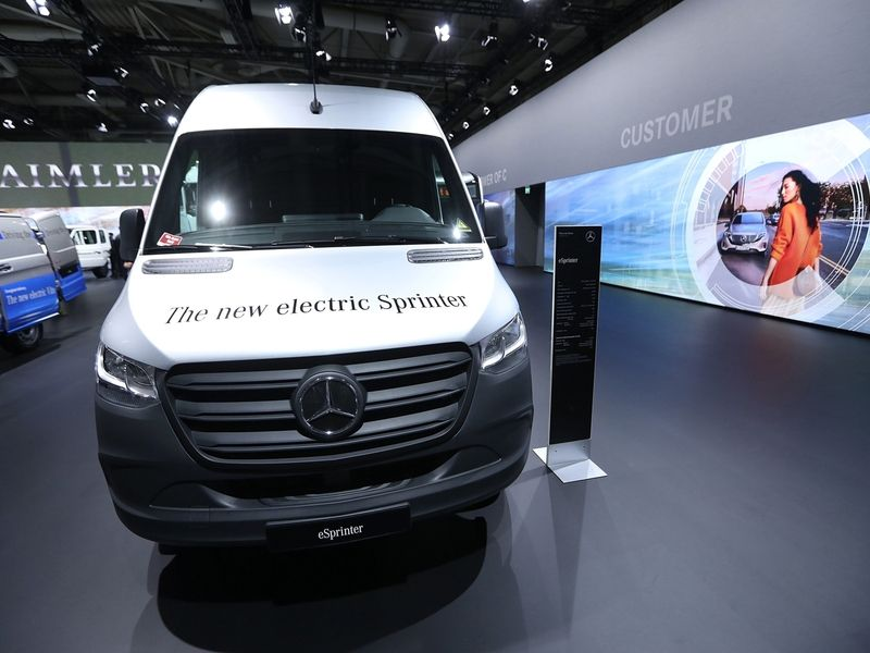 Mercedes to spend $59M to build eSprinter in S.C. thumbnail