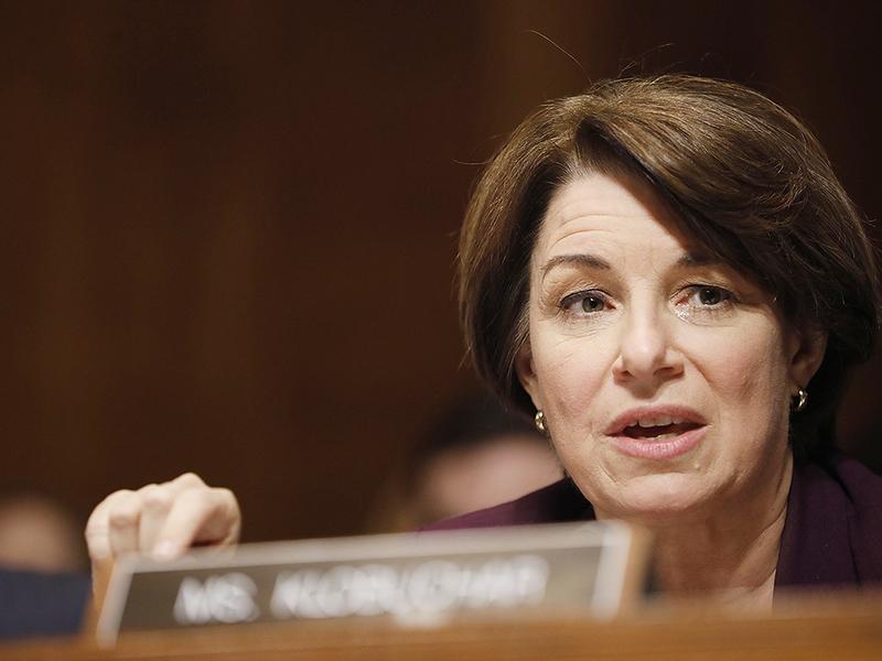 Senate Democrats grill DOJ official over automaker investigation