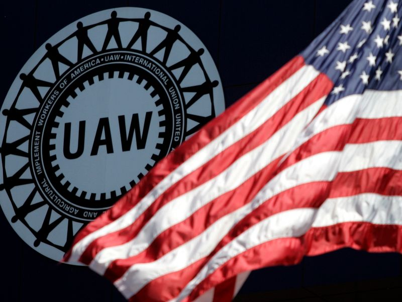 Feds send pick for UAW monitor to judge for approval thumbnail