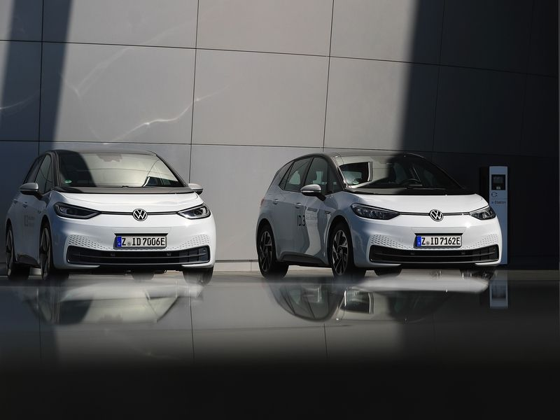 VW's electric car stacks up well against Tesla in UBS teardown