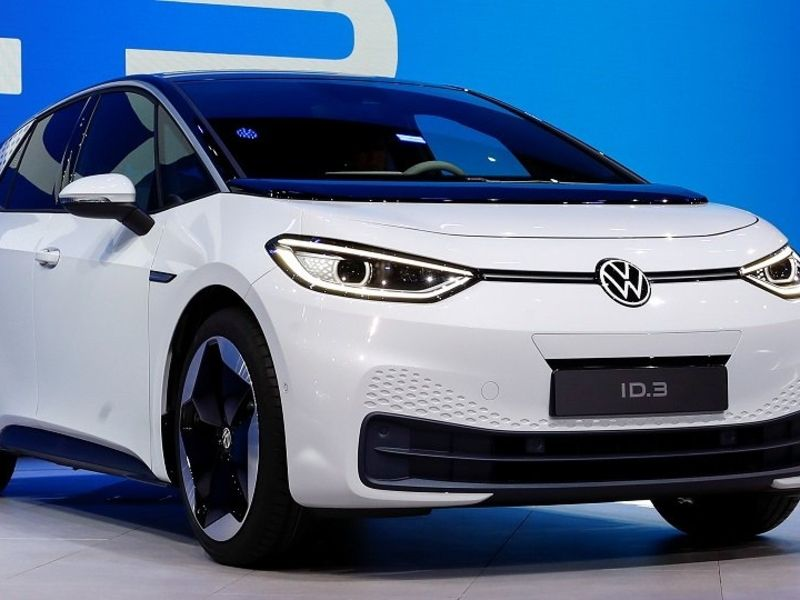 How Volkswagen Group slowed its 2020 global sales slide with electric cars
