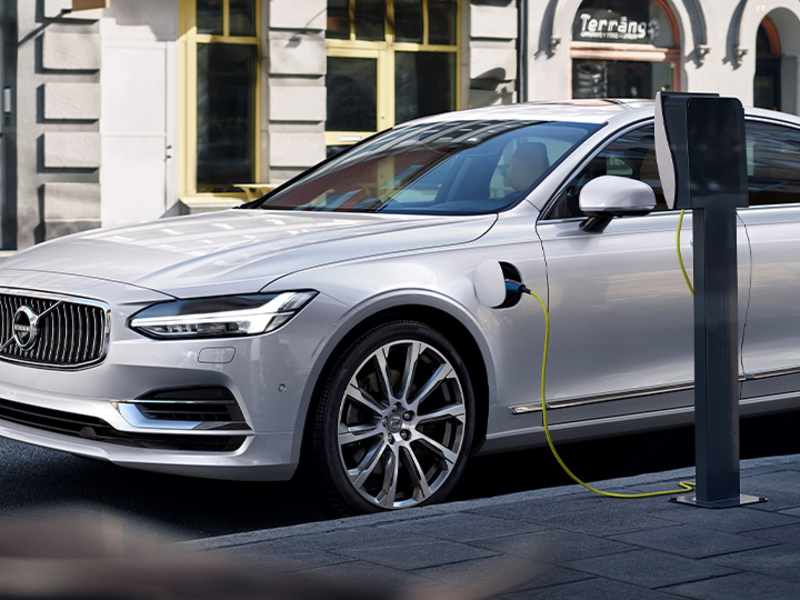 Volvo CEO predicts huge increase in plug-in hybrid sales