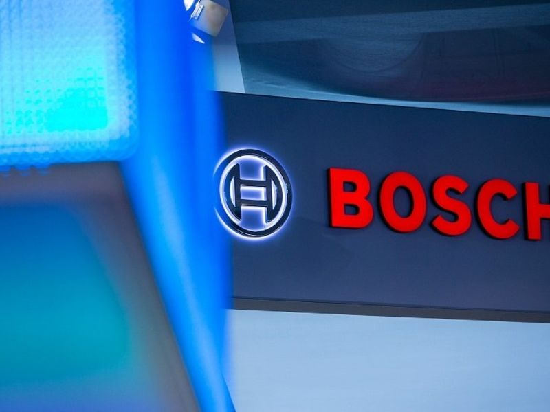 Chip supply could remain tight until 2022, Bosch CEO says thumbnail