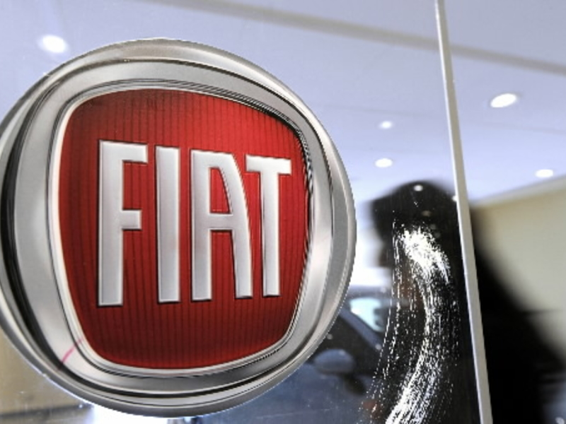Fiat Chrysler in talks to forge extensive ties with Renault, report says