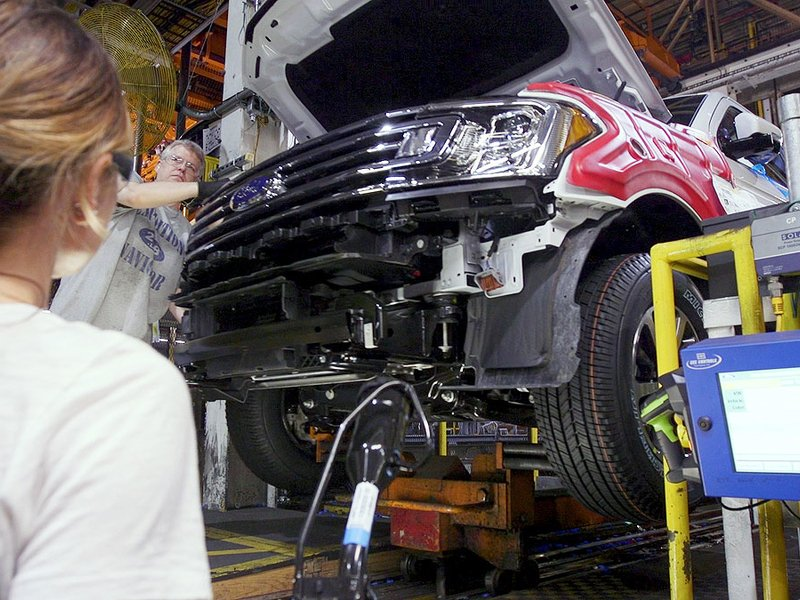 Ford extends chip-related downtime at F-150 plants thumbnail